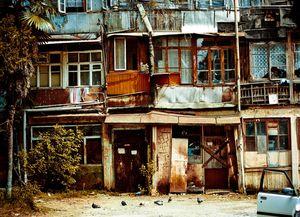 Действие программы расселения из ветхого и аварийного жилья в 2016-2017 году