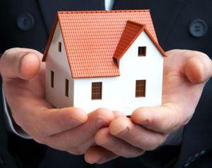 В чем смысл перевода мунициального жилья в частную собственность?