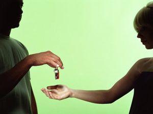 Штрафы и пени при несоблюдении условий договора аренды комнаты