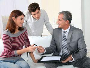 Проверка документов на квартиру при составлении расписки о задатке