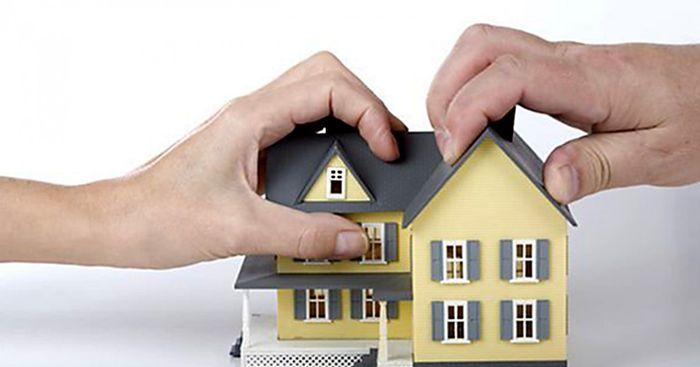 Обязанности продавца при продаже доли в квартире или доме