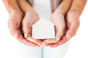 От каких рисков защищает титульное страхование недвижимости