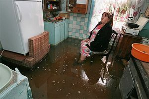 Что делать, если затопило квартиру с крыши