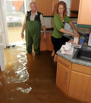 Определение виновных в затоплении квартир многоквартирного дома
