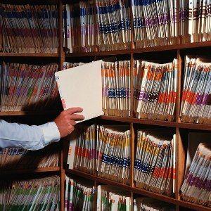 Какая информация содержится в архивной выписке из домовой книги