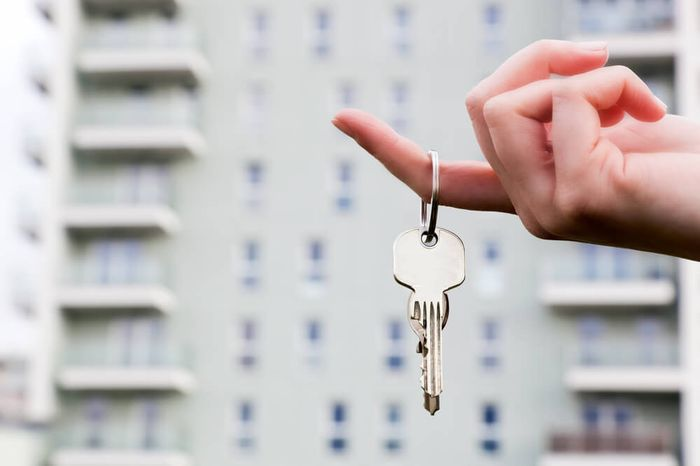 После приватизации квартиры по договору социального найма